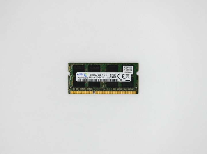 Оперативная память Samsung SODIMM 8Gb DDR3L-1600MHz ( ноутбук )